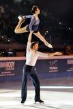 De schaatsers Stefania Berton & Ondrej Hotarek van het ijs Stock Afbeelding