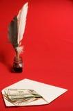 De schacht, de inkt en het geld van de veer stock afbeeldingen