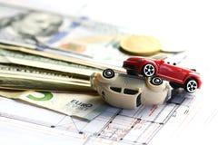 De schade van het auto'songeval, geld en verzekeringspoliscontract stock afbeelding