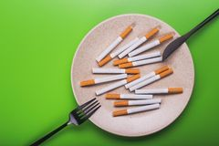 de schadelijkheid van het conceptenidee van het roken Stock Afbeelding