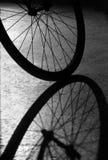 De Schaduw van het Wiel van de fiets Royalty-vrije Stock Afbeelding