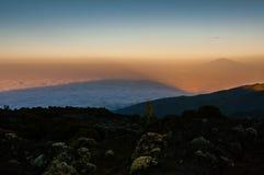 De schaduw van Kilimanjaro Royalty-vrije Stock Foto