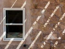 De Schaduwen van de gipspleistermuur Stock Afbeeldingen