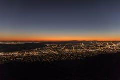 De Schemering van Los Angeles Mountain View Stock Foto