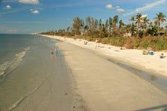 De schemeringbeachline van Napels, Florida Stock Afbeelding