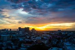 De Schemeringmening Bangkok van de zonsonderganghemel Royalty-vrije Stock Foto's