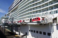 De schepen van de cruise bij de haven van Barcelona Royalty-vrije Stock Foto