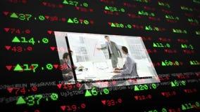 De schermen die bedrijfssituaties op effectenbeursachtergrond tonen stock footage