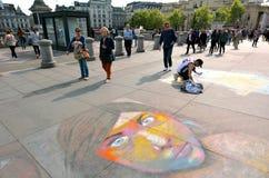 De schilder van de straatkunst in Trafalgar Square Londen het UK Royalty-vrije Stock Afbeeldingen