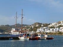 De Schilderachtige Oude Haven van Mykonos en de Zuivere Witte Gekleurde Mykonos-Stad, Mykonos-Eiland royalty-vrije stock foto's