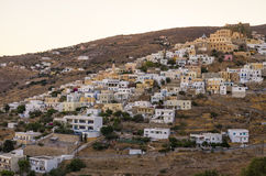 De schilderachtige stad van Syros-eiland, Griekenland, in de avond Stock Foto