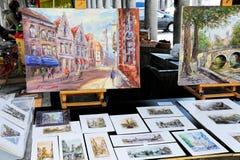 De schilderijen van de kunstenaar voor verkoop Royalty-vrije Stock Afbeeldingen