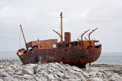 De schipbreuk van PMV Plassy, Inisheer, Aran Islands, Ierland Royalty-vrije Stock Foto's