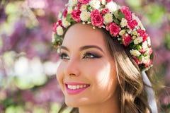 De schitterende vrouw van de de lentemake-up royalty-vrije stock foto