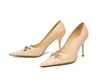 De schoenen van beige vrouwen Stock Fotografie