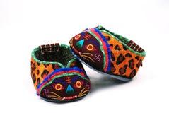 De schoenen van de baby met tijgerhoofd Stock Fotografie