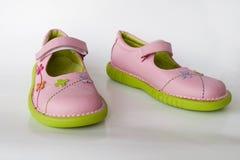 De schoenen van het jonge geitje Royalty-vrije Stock Fotografie