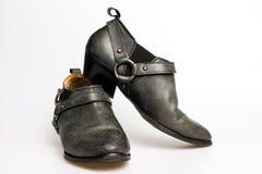 De schoenen van zwarte leervrouwen Stock Afbeeldingen