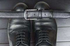 De Schoenen van zwarte Mensen royalty-vrije stock foto