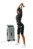 De schommeling en de domoor van EMS fitness woman do dumbbell rukken weg Royalty-vrije Stock Afbeelding