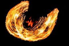De Schommelings de brand die van branddansers dansen toont de brand jugglin van de dansmens toont Royalty-vrije Stock Afbeelding