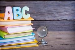 De school levert geëtiketteerd ABC Royalty-vrije Stock Foto's