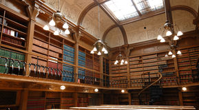 De schoolbibliotheek van de wet Stock Afbeelding