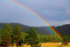 De Schoonheid van de Aard van de regenboog royalty-vrije stock afbeeldingen