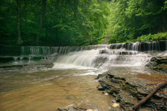 De Schoonheid van de waterval stock afbeeldingen