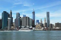 De SeaStreakveerboot komt in Lower Manhattan aan Royalty-vrije Stock Foto's