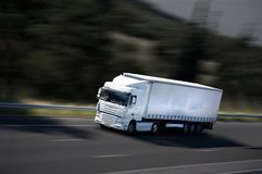 De semi-vrachtwagen van de snelheid royalty-vrije stock foto