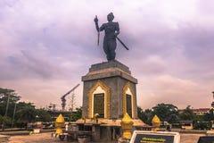 25 de septiembre de 2014: Estatua de Chao Fa Ngum, Vientián, Laos Foto de archivo