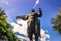 20 de septiembre de 2014: Estatua de Sisavang Vong en Luang Prabang, La Fotos de archivo libres de regalías
