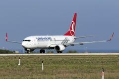 3 de septiembre de 2015, Luqa, Malta: Turco 737 Imagen de archivo libre de regalías