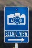 2 de septiembre de 2016 - señal de tráfico que señala el punto escénico de la visión para las fotos, backroads de Alaska Imagen de archivo libre de regalías