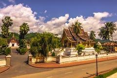 20 de septiembre de 2014: Templo de la explosión de Pha del espino en Luang Prabang, La Imagen de archivo