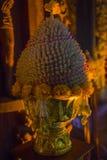 14 de septiembre de 2014 Un ofrecimiento en el templo de la verdad, Pattaya, Foto de archivo
