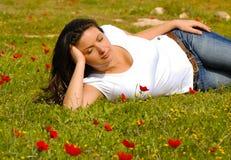 De Sereniteit van de lente, die van aard geniet Royalty-vrije Stock Foto