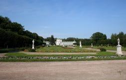 De serre van het paviljoen in manor Sheremetevyh stock afbeeldingen