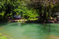 23 de setembro de 2014: Lagoa azul em Vang Vieng, Laos Imagem de Stock Royalty Free