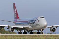 3 de setembro de 2015, Luqa, Malta: Jumbojet aproximadamente a decolar Fotos de Stock Royalty Free