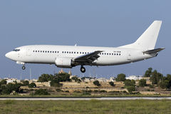 4 de setembro de 2015, Luqa, Malta: Todos os 737 brancos Fotos de Stock Royalty Free