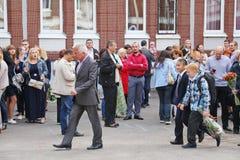 1º de setembro, dia do conhecimento na escola do russo Dia do conhecimento Primeiro dia da escola Imagem de Stock