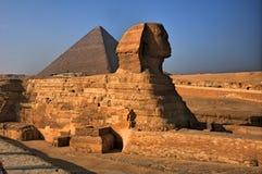 De sfinx en de Piramides in Giza, Egypte Royalty-vrije Stock Afbeeldingen