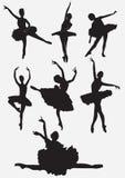 De silhouetten van balletdansers Stock Foto's