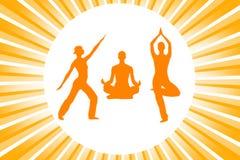 De silhouetten van de yoga Stock Foto