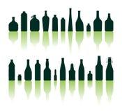 De silhouetten van flessen Stock Fotografie