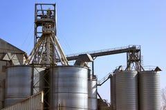 De silo's van de opslag Stock Fotografie