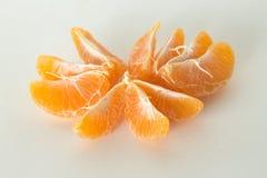 De sinaasappelschil de kruidnagels isoleert op witte achtergrond Royalty-vrije Stock Foto