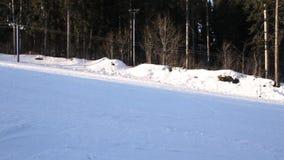 De skilift beweegt zich stock videobeelden